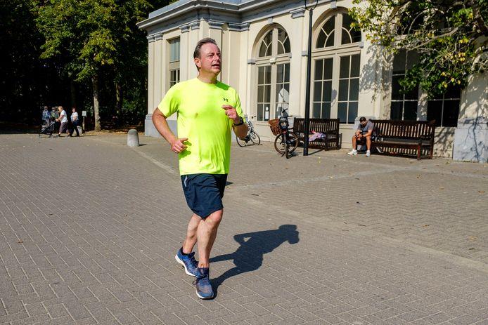 Door corona werd de Port of Antwerp Night Marathon afgelopen najaar virtueel gelopen. Ook burgemeester Bart De Wever nam toen deel.
