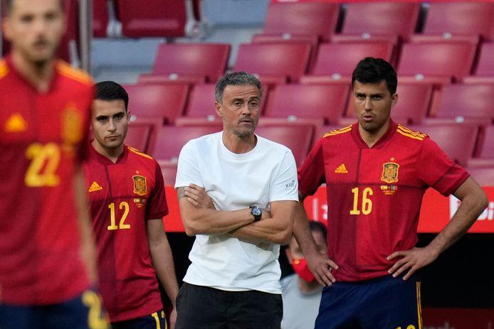 Bondscoach Luis Enrique tijdens het oefenduel met Portugal.