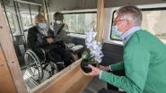 Bezoekjes in woonzorgcentra in Zuid-West-Vlaanderen opnieuw mogelijk, maar niet binnen de muren