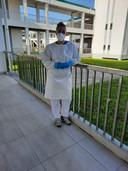 Milou in het Surinaams ziekenhuis waar ze weken werkte.