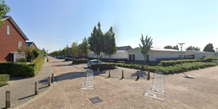 Het woonwagenkampje op de hoek van de Nijerwalstraat en de Plattenborgstraat.