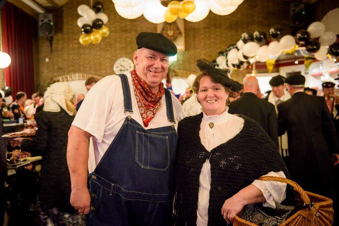 Ab en Saar, het boerenbruidspaar van vorig jaar (archieffoto).