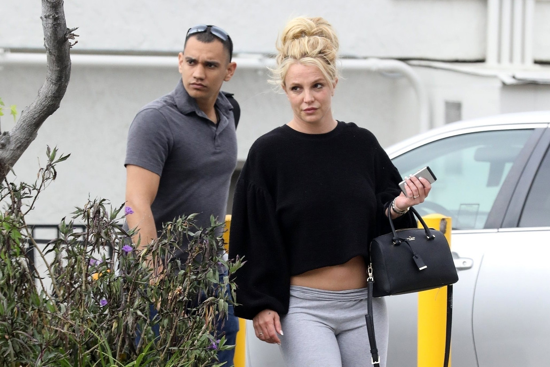 Tijdens een veelbesproken hoorzitting in juni vroeg Spears de rechter om de curatele waar ze al dertien jaar onder staat te beëindigen. Beeld Photo News