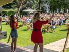 Pleinfeesten Groesbeek De Horst afgeblazen: uitbaters café zijn laaiend, Terrasfeesten gaan wel door