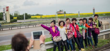 Toeristen uit Azië overspoelen Europa