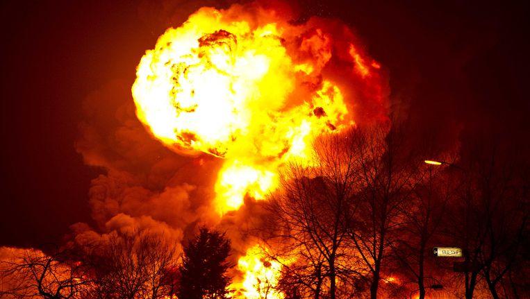 De brand bij Chemie-Pack in Moerdijk op 5 januari 2011. Beeld ANP