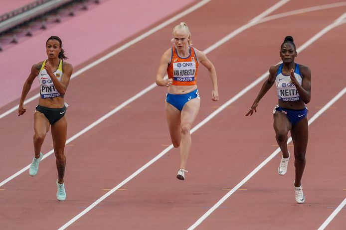 Marije van Hunenstijn in actie tijdens haar serie op het WK in Doha.