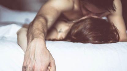 Australiër komt naar België met Tantracursussen, ex-cursisten getuigen over controversiële 'sekslessen'