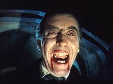 Als graaf Dracula bij de mondhygiëniste