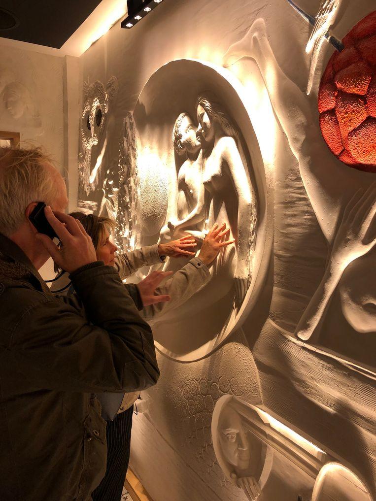 De bezoekers van Musea Sculpta konden de muren aanraken.