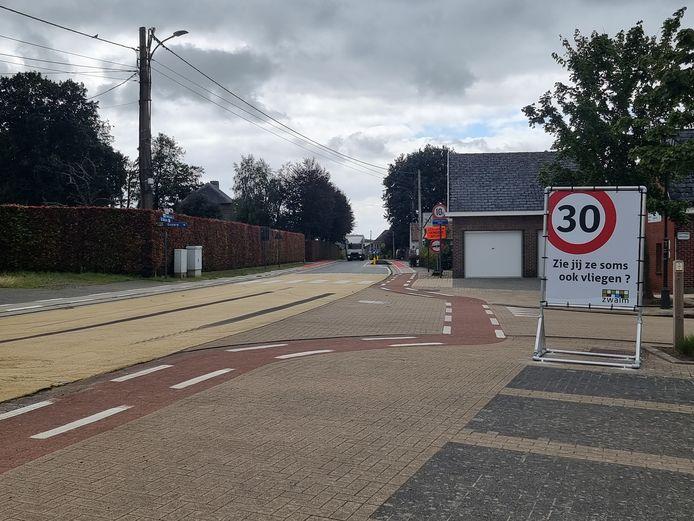 Zwalm: De gemeente is gestart met een sensibiliseringscampagne in de zones 30.