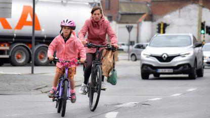 """FIETSVEILIGHEID IN AALST: """"Soms denk ik, er moet eerst een fietsend kind sterven voor ze het beseffen"""", zegt Tom Calloens van Critical Mass."""
