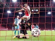 Tien op een rij: Ajax dankzij Haller na één helft klaar met Sparta