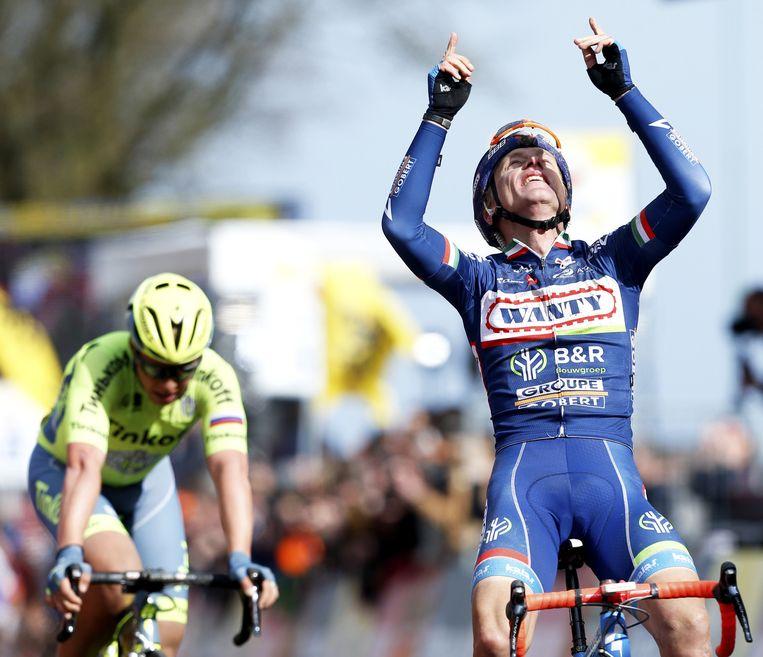 Wielrenner Enrico Gasparotto wint de 51e editie van de Amstel Gold Race. Beeld anp