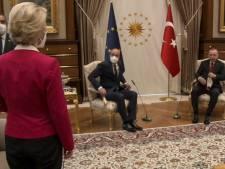 Turkije en EU wijzen naar elkaar in 'sofagate' Von der Leyen