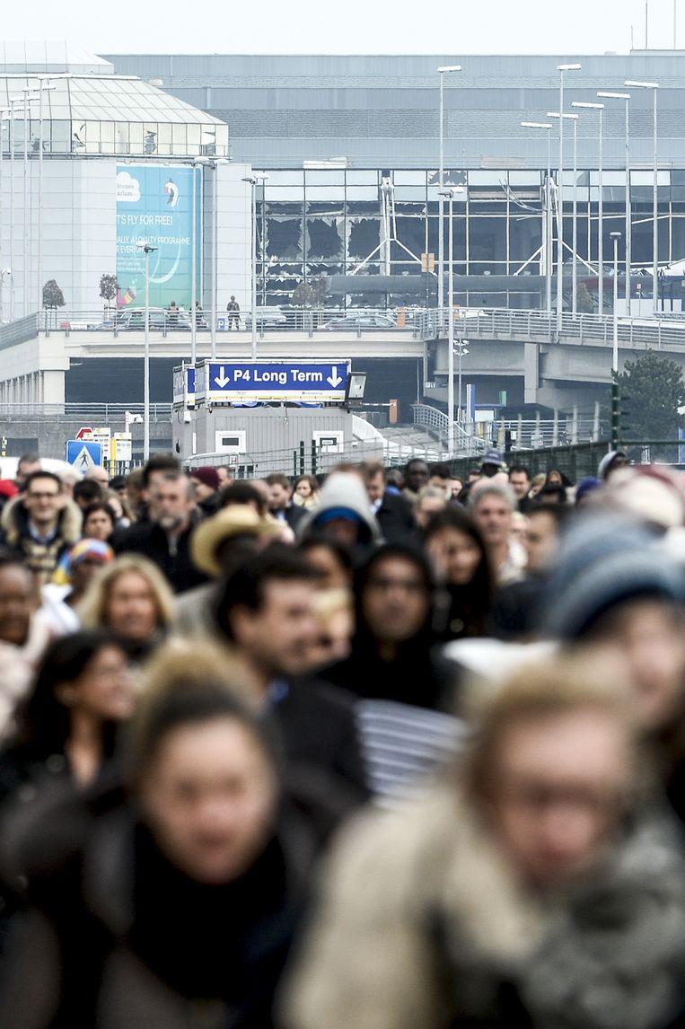 Brussels Airport wordt geëvacueerd op 22 maart, de dag van de aanslagen. Beeld © BELGA