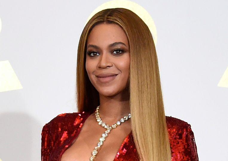 """Beyoncé zegt het een beetje tussen neus en lippen, in de 'Vogue' van deze maand: """"Ik heb onderzoek gedaan naar mijn stamboom. En ik heb geleerd dat ik afkomstig ben van een slaveneigenaar die verliefd werd op en trouwde met een slaaf."""""""