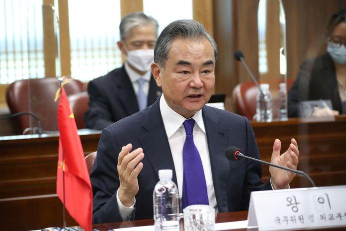 De Chinese buitenlandminister Wang Yi in Seoul.