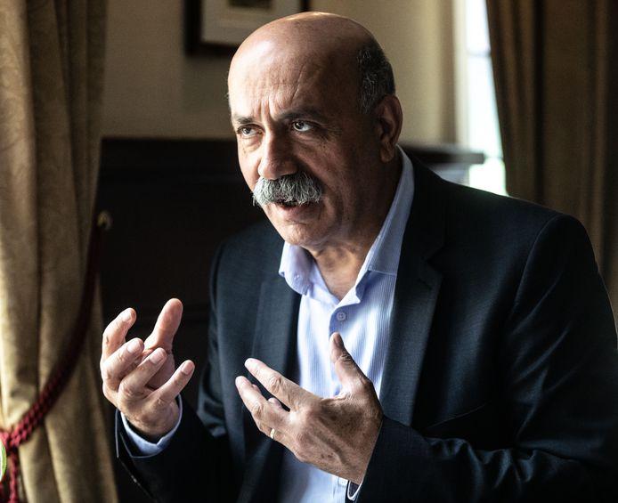 Zeki Arslan (58), landelijk onderwijsspecialist op het gebied van etnische minderheden.