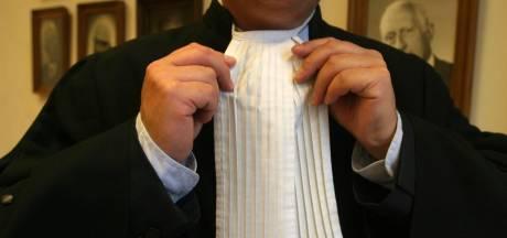 Voor het eerst tekort aan ambtenaren en advocaten