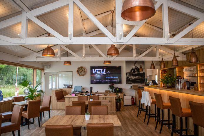 Het nieuwe clublokaal van Vliegclub Ursel.