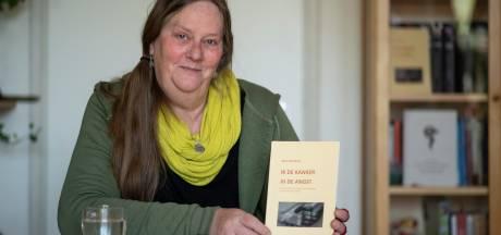 Gina wil autistische jongeren in moeilijke situaties helpen met haar boek 'Ik kanker jij de angst'