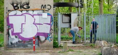 Waarom steekt een 32-jarige Limburgse dorpsjongen een zendmast in de fik? 'Ik ben niet tegen 5G'