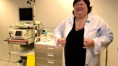 De Block wil werkzoekenden gratis omscholen tot verplegers