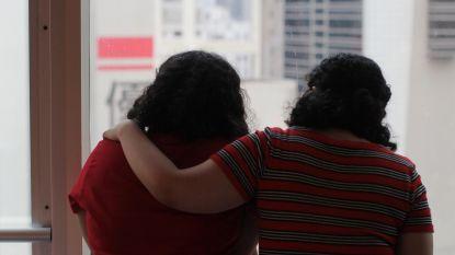 Saudische zussen die op de vlucht voor familie meer dan zes maanden vastzaten in Hongkong eindelijk vrij