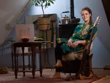 Frederike Berendsen zingt over haar overleden vader in Gendringen: 'Groter cadeau had ik niet kunnen geven'