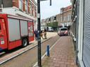 Hulpdiensten en de EOD in het centrum van Almelo.