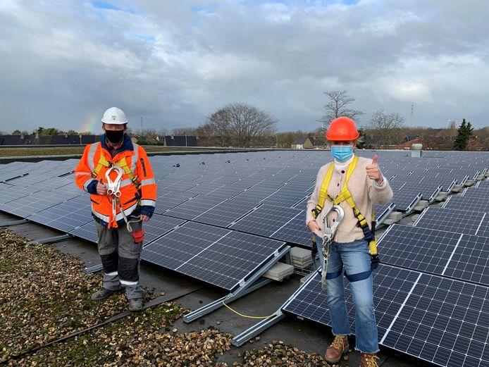 In Brugge liggen er sinds kort zonnepanelen op het dak van de stedelijke werkplaatsen.