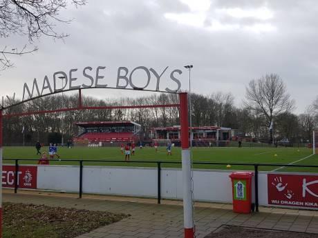 LIVE | DIA op voorsprong tegen tienkoppig Berkdijk in laatste competitieduel voor de winterstop