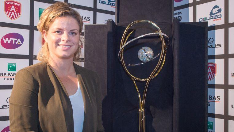 Organisatrice Kim Clijsters bij het diamanten racket. Beeld BELGA