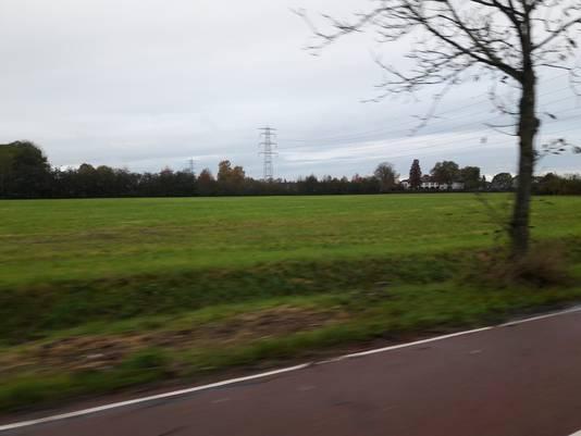 Zetten-Zuid wordt tussen de hoogspanningslijn en het Witte Huis gebouwd.