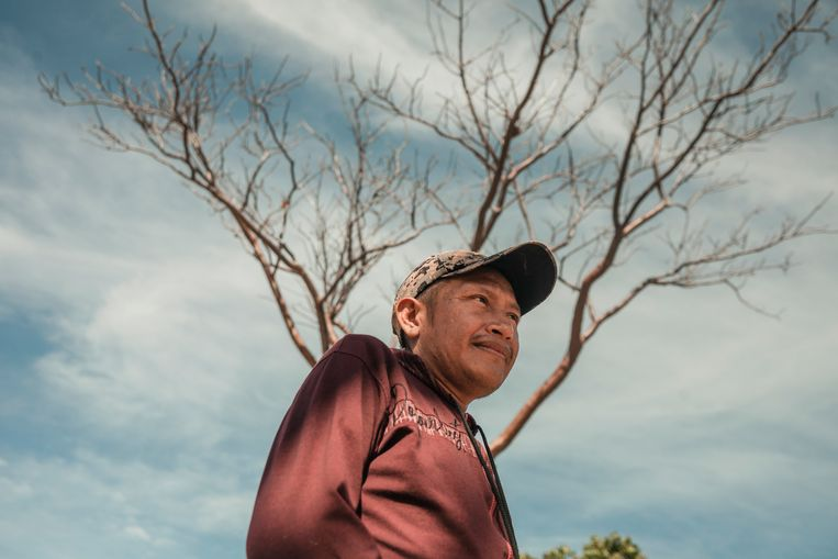 Ober Hernández, leider van een inheemse stam: 'De opstandelingen brachten vrede.' Beeld NYT/ADRIANA LOUREIRO FERNANDEZ
