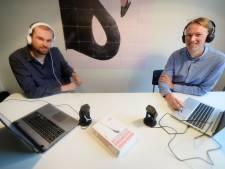 Burgemeester van Borne te gast in podcast: is hij een hunkertukker na uitstapjes naar het westen?