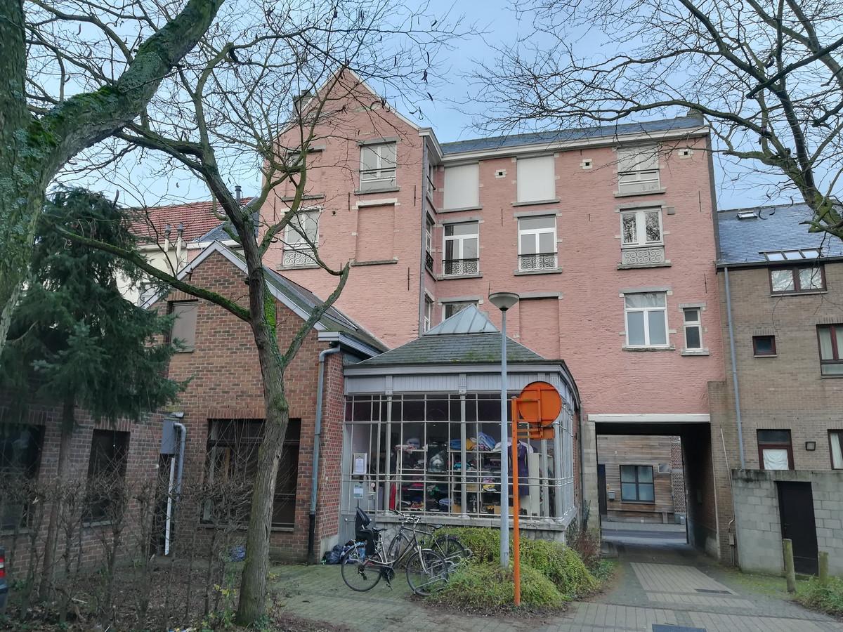 De huidige achterzijde van Buurtwerk 't Lampeke.