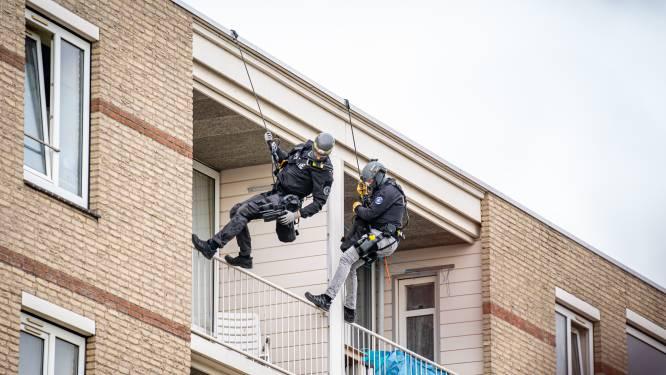 Arrestatieteam houdt verwarde man aan in Spijkenisse