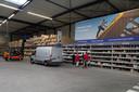 Lege vakken en stellingen probeert groothandel PontMeyer (met vestigingen in onder meer Breda, Steenbergen en Roosendaal) zoveel mogelijk te voorkomen.