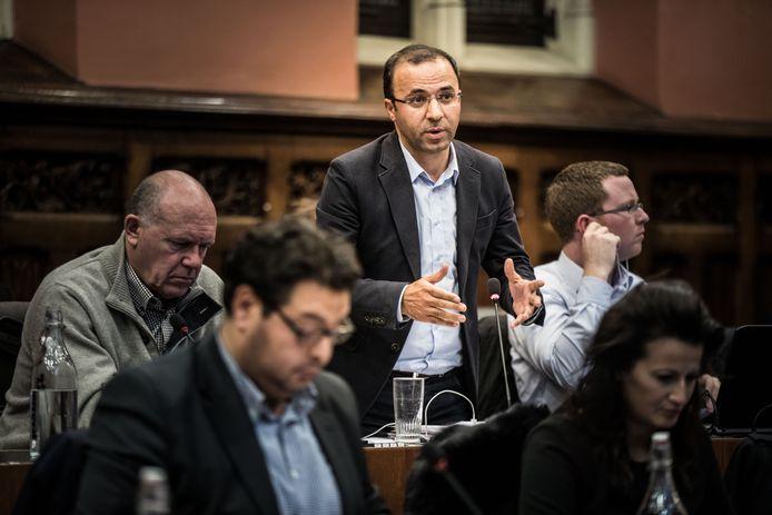Gemeenteraadslid Veli Yüksel kreeg gelijk in de rechtszaak tegen de nieuwswebsite BelemtürkTV, die laster over hem verspreidde.