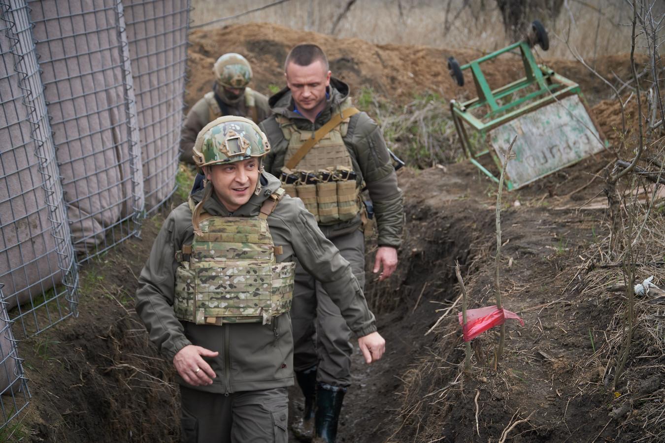 President Zelenski op werkbezoek aan de oost-Oekraïense grens.