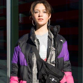 Tomboy met een vleugje kitsch is de stijl van actrice Jade Olieberg uit 'Ares'