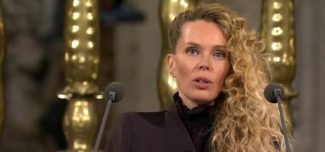 Roxane van Iperen maakt indruk met speech waarin ze spreekt over 'niet-weten' bij hedendaagse politici