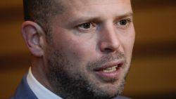 Ook Theo Francken stelt zich burgerlijke partij in onderzoek naar mogelijke visumfraude