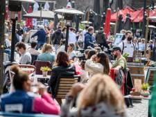 LIVE | Britten terughoudend met versoepelingen, 'hausse aan boekingen' verwacht