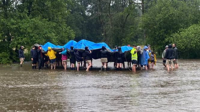 """Jeugdkamp van Chiro Tijl Zemst stopgezet na minder dan een dag: """"Het water komt al over onze rubberen laarzen"""""""