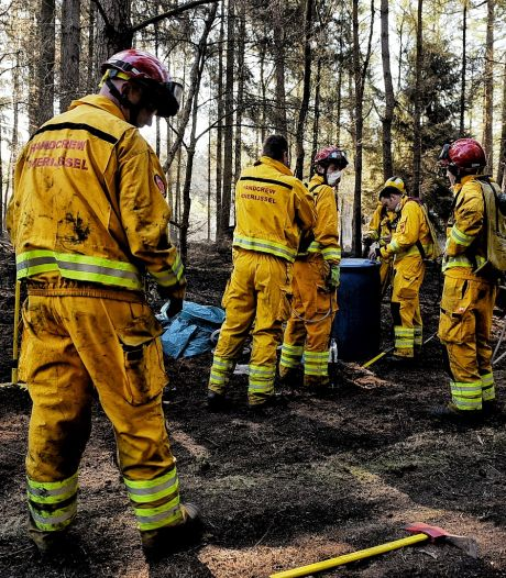 Speciaal team uit Overijssel ingezet bij ontdekken brandhaarden na grote brand in Moergestel
