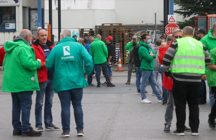 De vakbonden houden het Nijvelse magazijn van Kuehne+Nagel sinds woensdag bezet.
