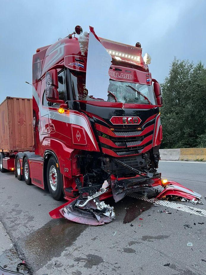 Zilver bij Mooiste truck van Nederland, maar wel volledig in de kreukels.